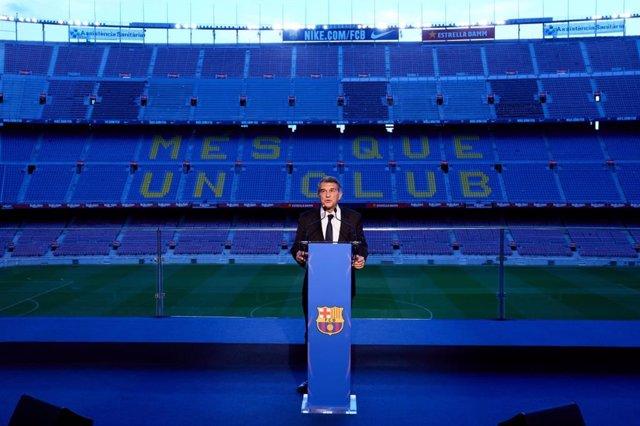 El presidente del FC Barcelona, Joan Laporta, en la toma de posesión del cargo en el Camp Nou