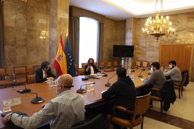 """El Ministerio compromete """"un espacio de diálogo"""" para buscar soluciones para Ence."""