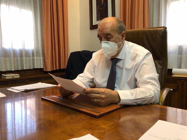 Archivo - El presidne de la DPT, Manuel Rando