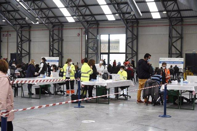 Vista general del Instituto Ferial de Vigo (Ifevi), en Pontevedra, Galicia (España), a 13 de marzo de 2021. Un total de 4.400 personas serán inmunizadas por un equipo de 60 profesionales sanitarios que administrarán la vacuna de AstraZeneca a los ciudadan