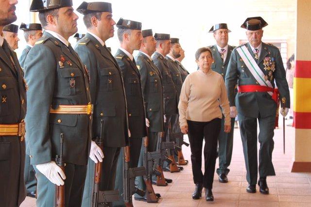 Archivo - La delegada del Govern central a Catalunya, Teresa Cunillera, i el cap de la Guàrdia Civil a la setena zona, Pedro Garrido, en una foto d'arxiu.