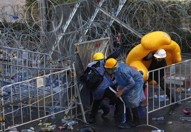 Archivo - Arxiu - Protestes a Tailàndia per exigir la reforma de la Constitució.