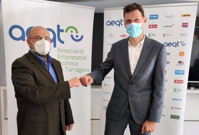 El gerent de l'empresa Katoen Natie Iberica, Geert Van Kerckhove, i el gerent de l'AEQT, Juan Pedro Díaz