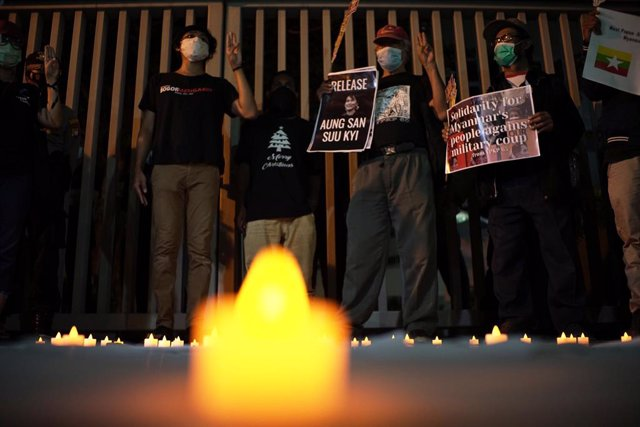 12 March 2021, Indonesia, Jakarta: Protesters from Milk Tea Alliance Indonesia hold a solidarity rally for the people of Myanmar in front of ASEAN Building. Photo: Muhammad Zaenuddin/ZUMA Wire/dpa