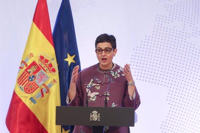 La ministra de Asuntos Exteriores, Unión Europea y Cooperación, Arancha González Laya, durante su intervención en el acto de presentación de la Guía de la Política Exterior Feminista, con la que España sigue los pasos de un conjunto de países que ya lo ha