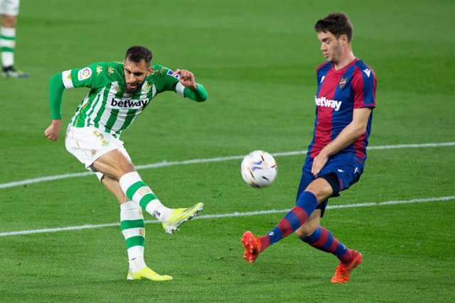 Borja Iglesias of Real Betis and Rober Pier of Levante during LaLiga, football match played between Real Betis Balompie and Levante Union Deportiva at Benito Villamarin Stadium on March 19, 2021 in Sevilla, Spain.