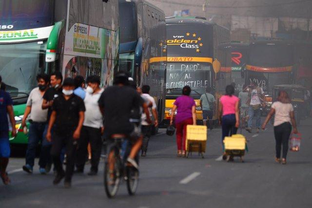 Manifestaciones de transportistas en la Carretera Central de Perú el día 19 de marzo.