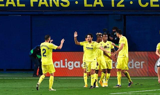 Archivo - Villarreal players celebrates a goal during the La Liga Santander mach between Villarreal and Real Madrid at Estadio de la Ceramic on November 21, 2020 in Vila-real, Spain