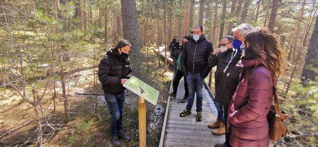 Visita inaugural de la secretària de Medi ambient i Sostenibilitat de la Generalitat de Catalunya, Marta Subirà, a l'aula de la naturalesa del regufio de la Basseta, a Sant Joan de l'Erm (Lleida)