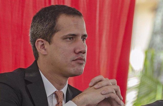 Archivo - El líder opositor venezolano Juan Guaidó