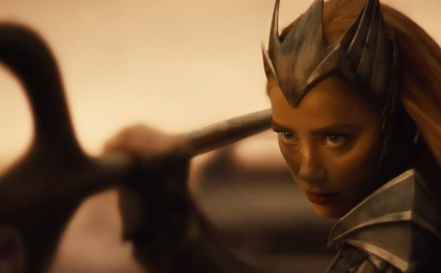 Fans indignados con la presencia de Mera (Amber Heard) en Snyder Cut de Liga de la Justicia