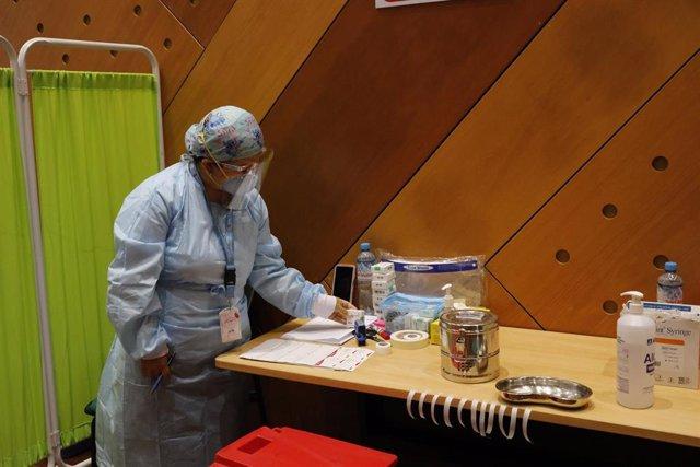 Campaña de vacunación contra la COVID-19 en el Hospital El Niño de Lima