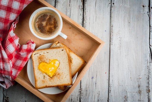 Archivo - Idea for Valentine's day, romantic breakfast