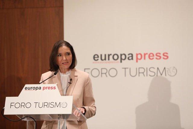 La ministra d'Indústria, Comerç i Turisme, Reyes Maroto.
