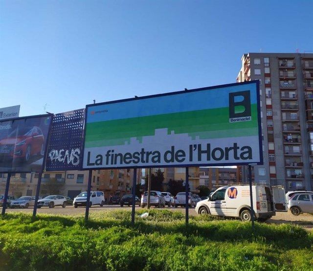 Valla publicitaria de Compromís en la Ronda Norte
