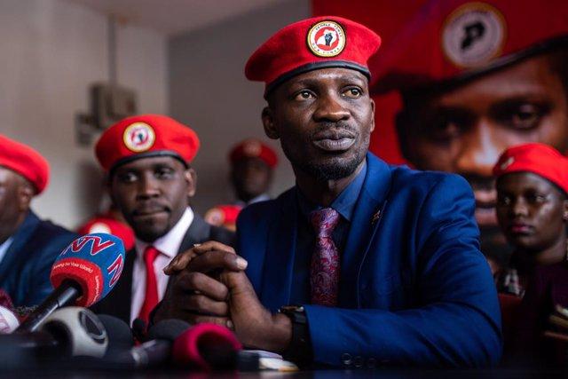 Archivo - El opositor ugandés Robert Kyagulanyi, más conocido por su nombre artístico de Bobi Wine