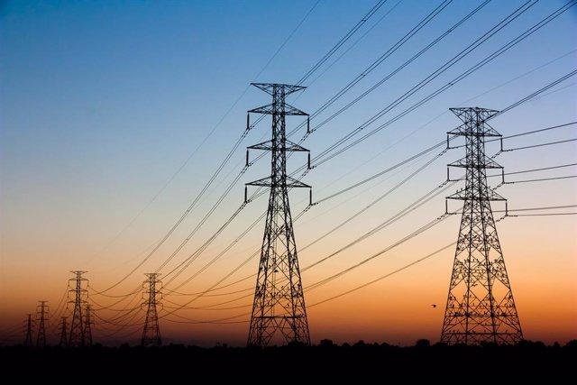 Archivo - Eletrobras gana 761 millones hasta junio, un 29% menos, por la revisión de las tarifas de energía eléctrica