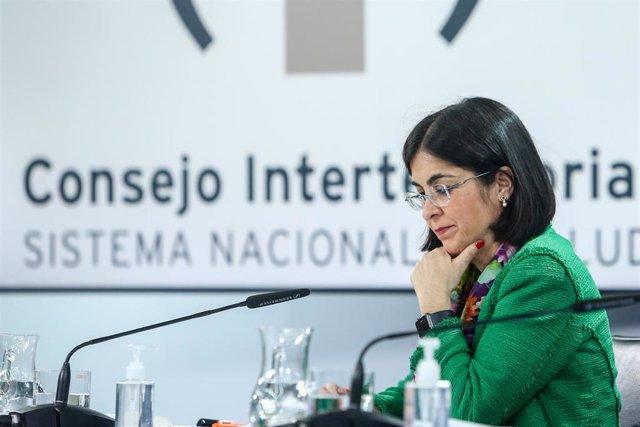 La ministra de Sanidad, Carolina Darias, durante una rueda de prensa tras la reunión del Consejo Interterritorial del Sistema Nacional de Salud, en Madrid (España), a 22 de marzo de 2021.