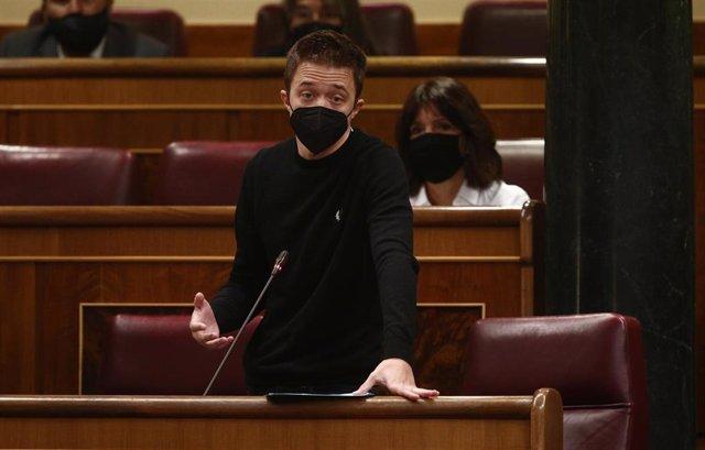 El líder de Más País, Íñigo Errejón, interviene durante una sesión de Control al Gobierno en el Congreso de los Diputados, en Madrid, (España), a 17 de marzo de 2021.