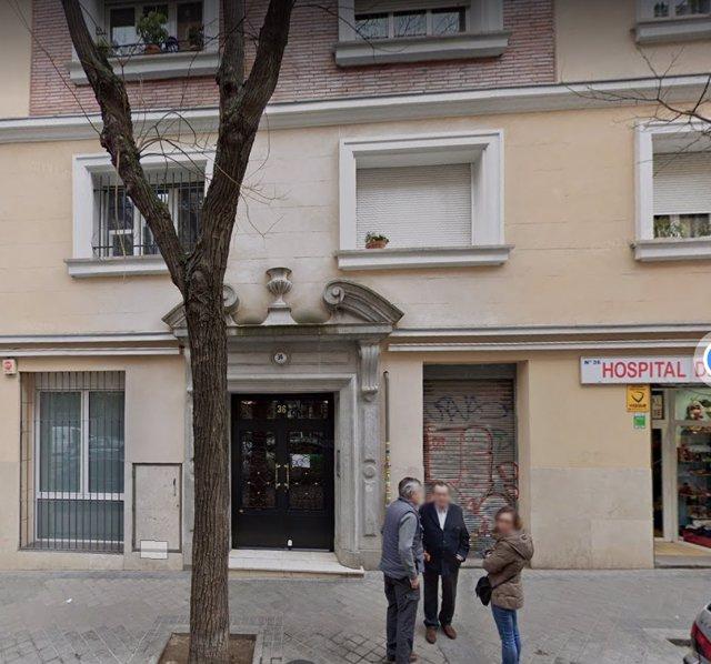 Edificio donde fueron 6 extranjeros detenidos por retener a 4 chicas en un piso turístico e intentar abusar de una de ellas