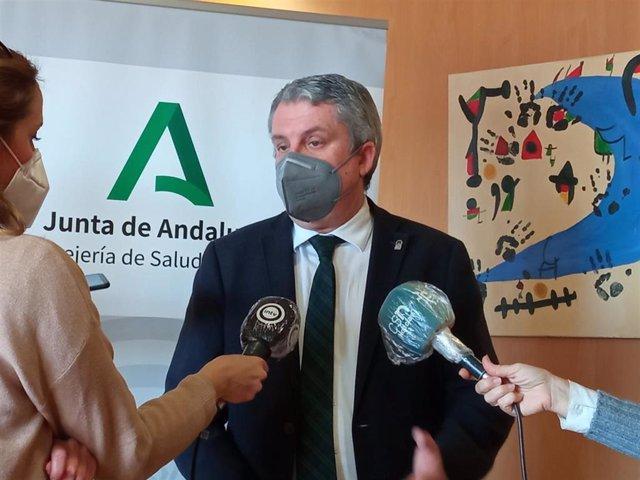 Archivo - El delegado territorial de Salud y Familias en Almería, Juan de la Cruz Belmonte, en una imagen de archivo
