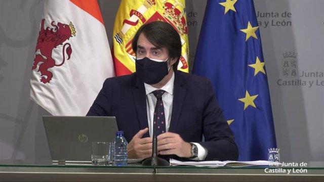 Archivo - El consejero de Fomento y Medio Ambiente, Juan Carlos Suárez-Quiñones.