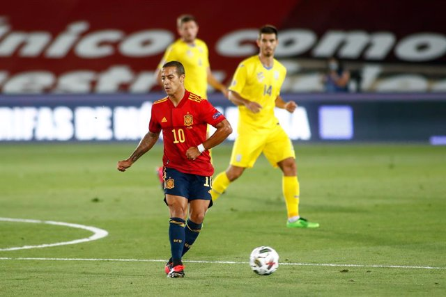 Archivo - Thiago Alcantara of Spain in action during the Nations League football match played between Spain and Ukraine at Alfredo Di Stefano stadium on september 06, 2020 in Valdebebas, Madrid, Spain.