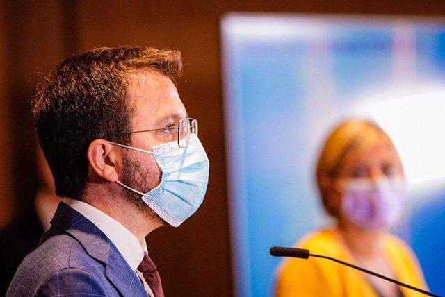El vicepresident de la Generalitat en funcions, Pere Aragonès, en la roda de premsa de presentació de la campanya massiva de vacunació.