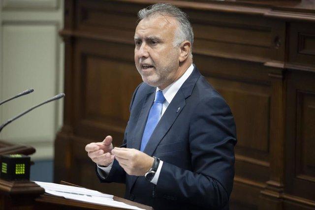 El presidente de Canarias, Ángel Víctor Torres, en el pleno del 'Debate sobre el Estado de la Nacionalidad'