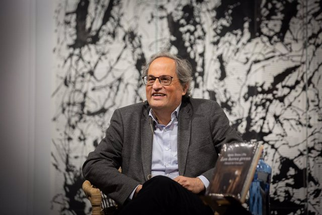 L'expresident de la Generalitat de Catalunya, Quim Torra, presenta el llibre 'Les hores greus. Dietari de Canonges' a la Llibreria Ona de Barcelona. Catalunya (Espanya), 15 de març del 2021.