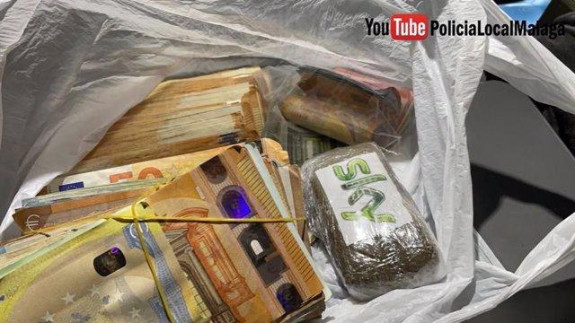 Dinero y droga intervenidos por la Policía Local de Málaga