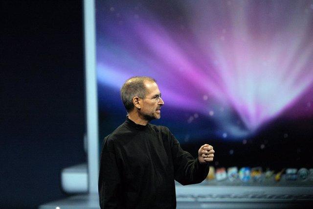 Steve Jobs, en una presentación de Mac OS.