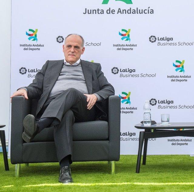 El presidente de LaLiga, Javier Tebas, en un acto junto a la Junta de Andalucía.