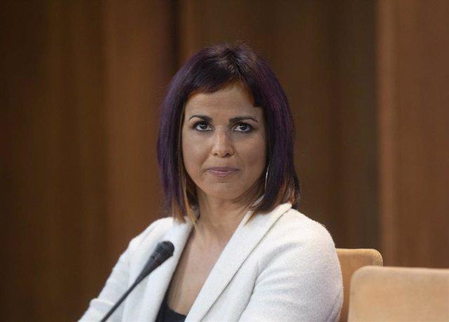 La diputada no adscrita Teresa Rodríguez , durante la rueda de prensa en el Parlamento andaluz. En Sevilla (Andalucía, España), a 17 de marzo de 2021. (Foto de archivo).
