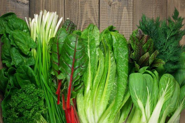 Archivo - Verduras de hoja verde.