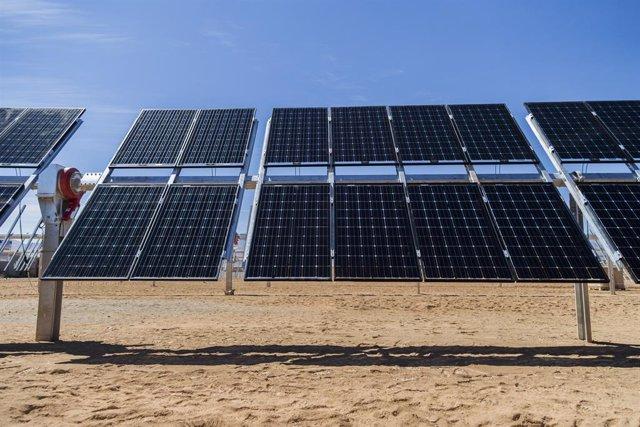 Seguidores solares bifaciales de Soltec