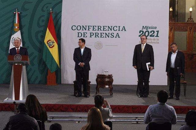 Los presidentes de México y Bolivia, Andrés Manuel López Obrador y Luis Arce.