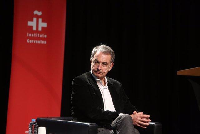 Archivo - El expresidente del Gobierno José Luis Rodríguez Zapatero, participa en el coloquio 'Azaña y la cultura como vocación política', en el Instituto Cervantes, en Madrid (España), a 20 de enero de 2021.
