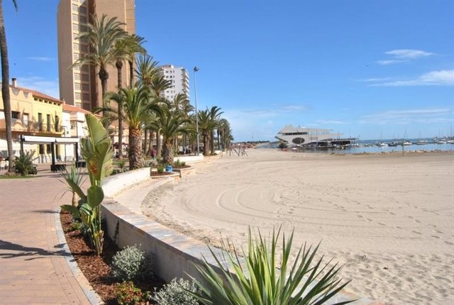 Archivo - Playa de Murcia