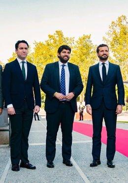 El secretario general del PP,  Teodoro García Egea, el presidente de Murcia, Fernando López Miras, y el presidente del PP, Pablo Casado.