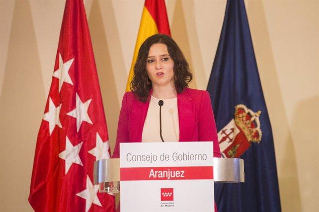 La presidenta de la Comunidad de Madrid, Isabel Díaz Ayuso, interviene en una rueda de prensa tras una reunión del Consejo de Gobierno, que hoy se celebra en Aranjuez, Madrid (España), a 24 de marzo de 2021.