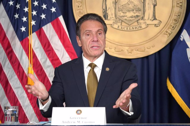 Archivo - 05 October 2020, US, New York: New York Governor Andrew Cuomo speaks during a press conference regarding the rising cases of coronavirus in certain areas of New York City. Photo: Sonia Moskowitz Gordon/ZUMA Wire/dpa