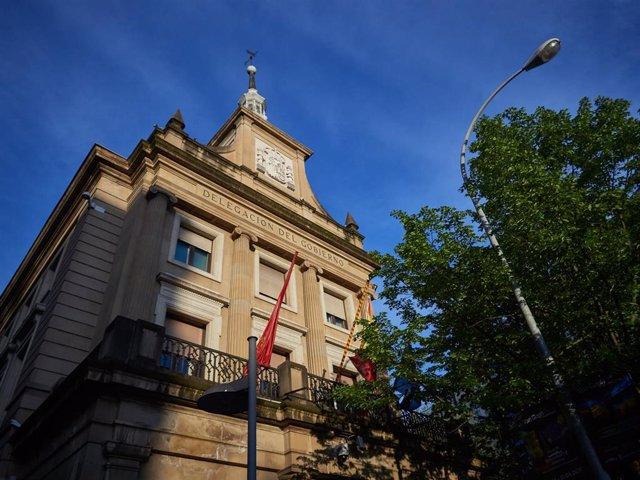 Archivo - Fachada de la Delegación del Gobierno en Navarra en la Plaza de Merindades