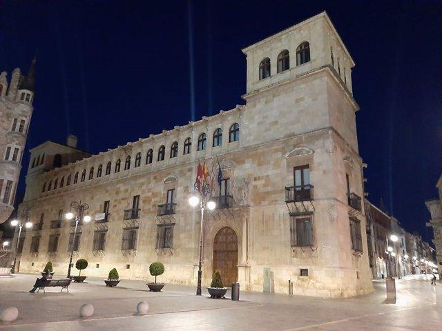 Palacio de los Guzmanes, sede de la Diputación de León.