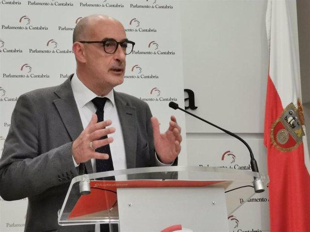 Félix Álvarez, portavoz de Cs Cantabria, en rueda de prensa