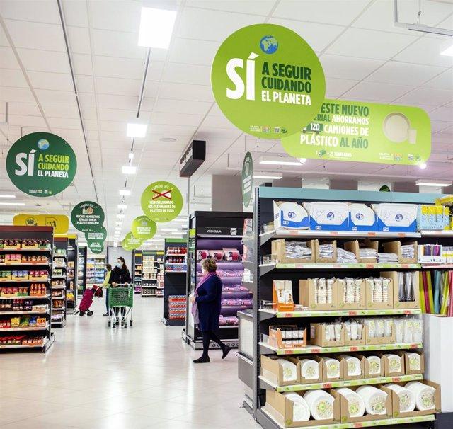 Mercadona elimina el menaje de plástico de un solo uso y lo cambia por productos elaborados con materiales sostenibles.