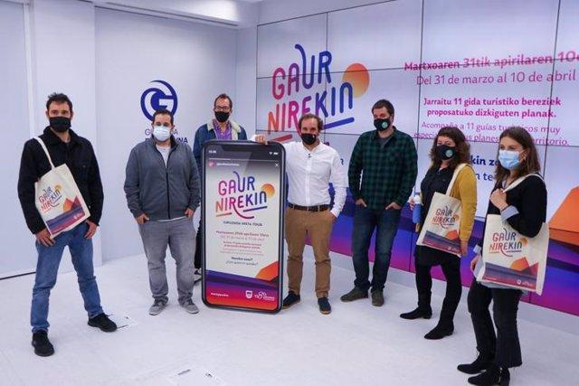 Presentación de la campaña turística de Gipuzkoa 'Gaur Nirekin'