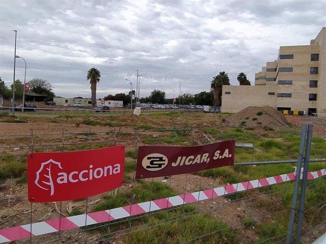 Archivo - Las obras, paralizadas, del Edificio de Consultas Externas del Hospital Materno Infantil del Reina Sofía en Córdoba.