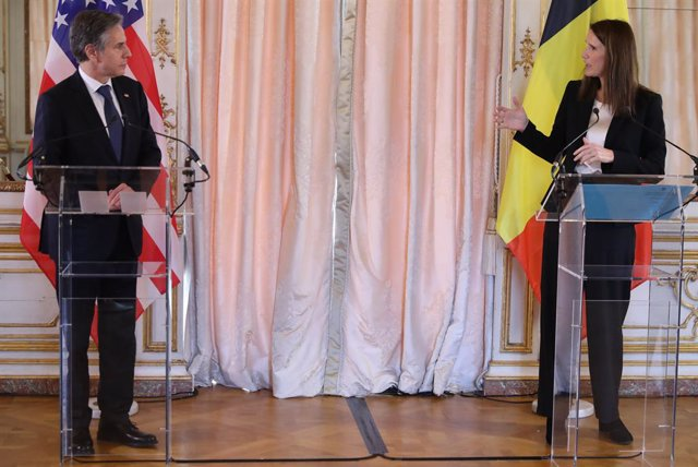 25 March 2021, Belgium, Brussels: Belgian Foreign Minister Sophie Wilmes (R) and US Secretary of State Antony Blinken attend a presser after their meeting. Photo: Benoit Doppagne/BELGA/dpa