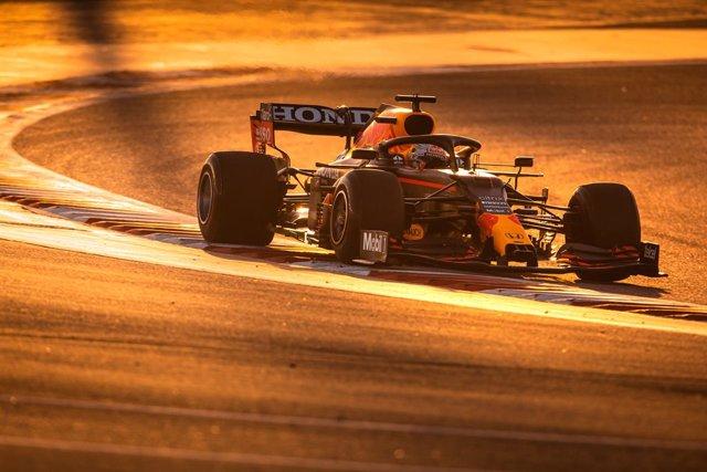 Max Verstappen rodando en Baréin